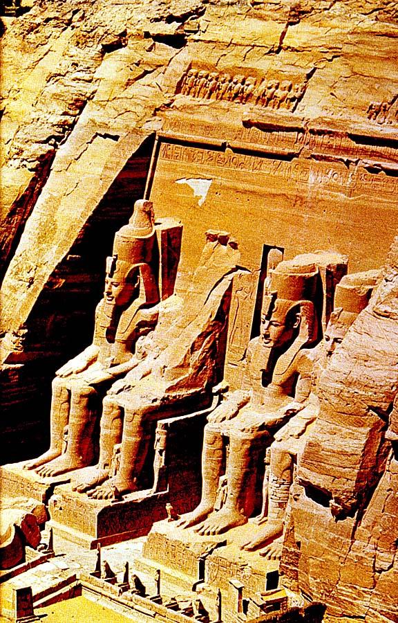 Rameses_II_at_Aswan.jpg