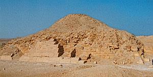 unas_pyramid_97-3929-19.jpg